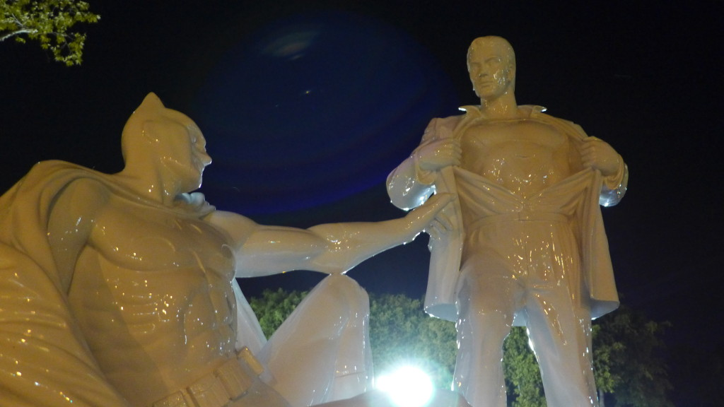 Batman Vs Superman statue for Equal Marriage / West Hollywood, Los Angeles / 2015